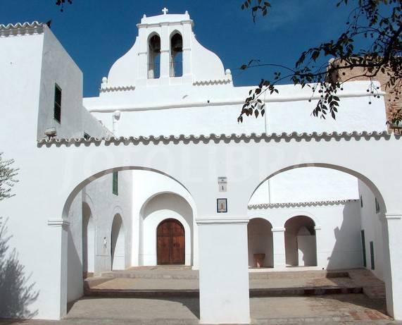 The 14th Century Fortified Church of San Antonio